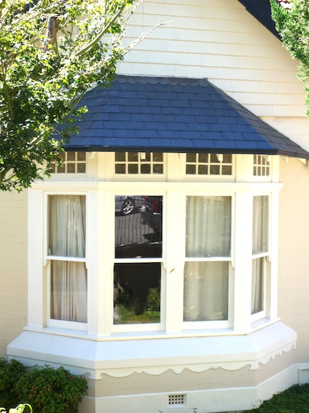 Bay Window-Glendyne slate,decorative lead flashing