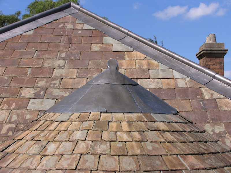 Slate roofing Sydney-Salvaged roof slates,Traditional Lead capping